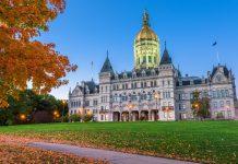 Connecticut Lawmakers Seek to Legalize Blockchain Smart Contracts