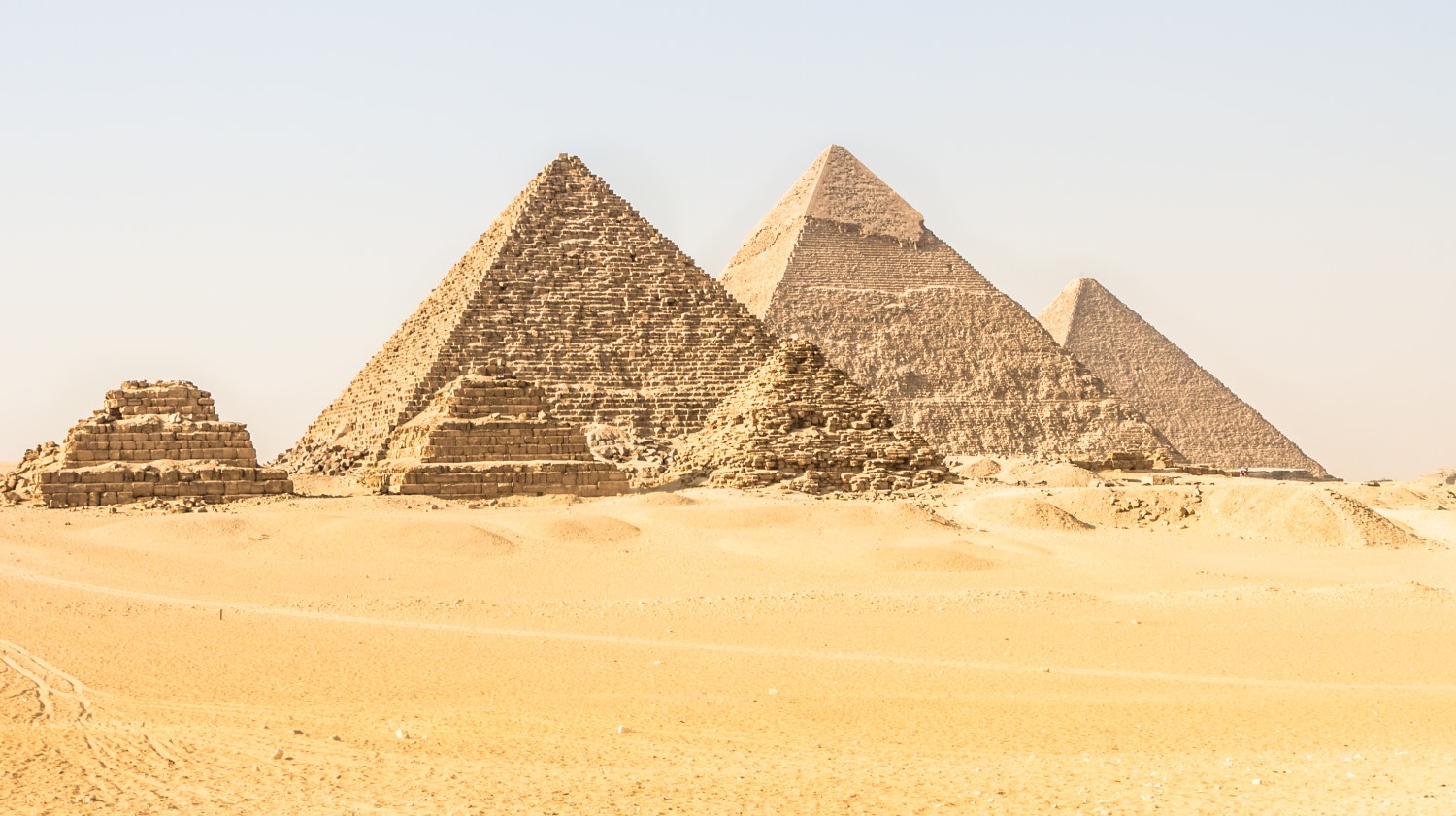 OneCoin Claims It's Not a Ponzi or Pyramid Scheme