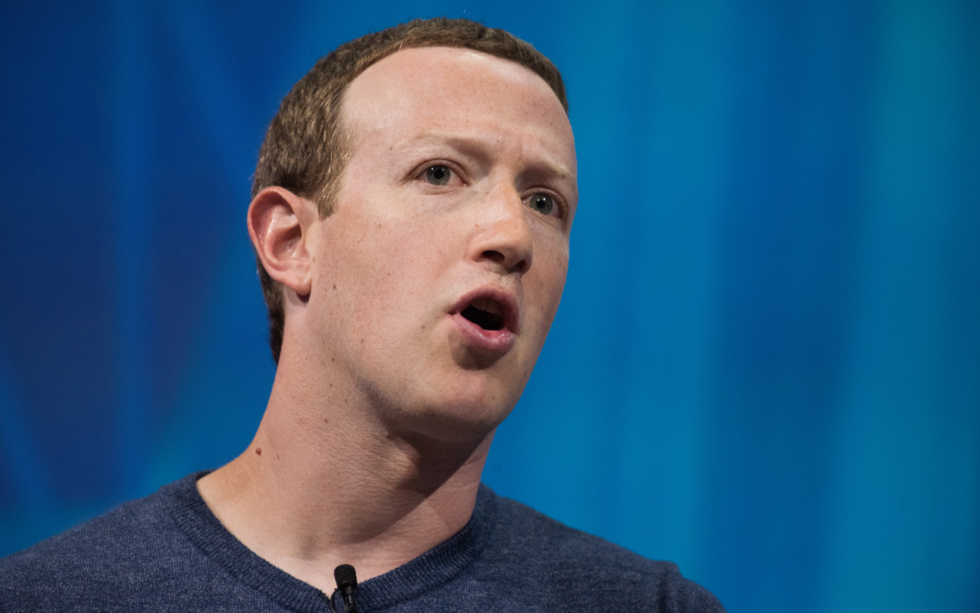 Zuckerberg Consults Rivals Winklevoss to Push Facebook's 'GlobalCoin'